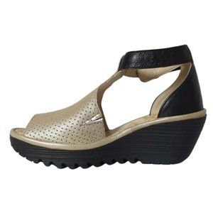 """Fly London Wedge Sandals in """"Yall"""" Silver EU 37"""